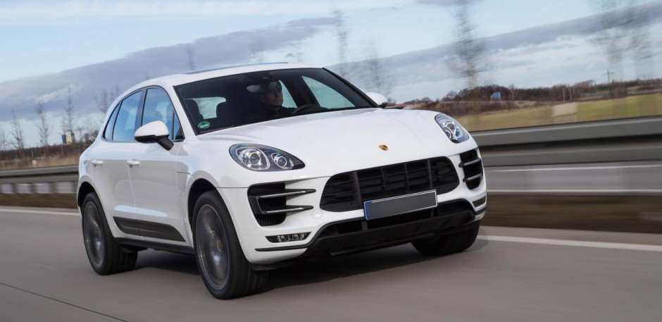 Luxury car rental in italy porsche
