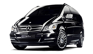 Luxury car rental in italy MERCEDES VITO 4 MATIC TOURER